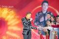 """Hiếm khi hội ngộ fan Hà Nội, Dương Triệu Vũ """"quẩy"""" cực sung tại DOJI Tower"""